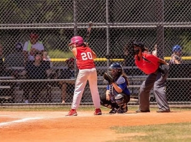Saige starts softball at Oaks Dad's then TSA